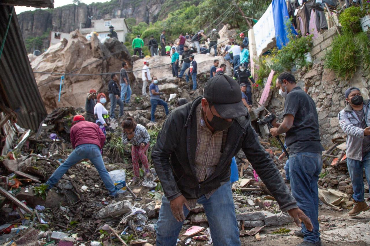 La Federación enviará ayuda a afectados por derrumbe en Tlalnepantla