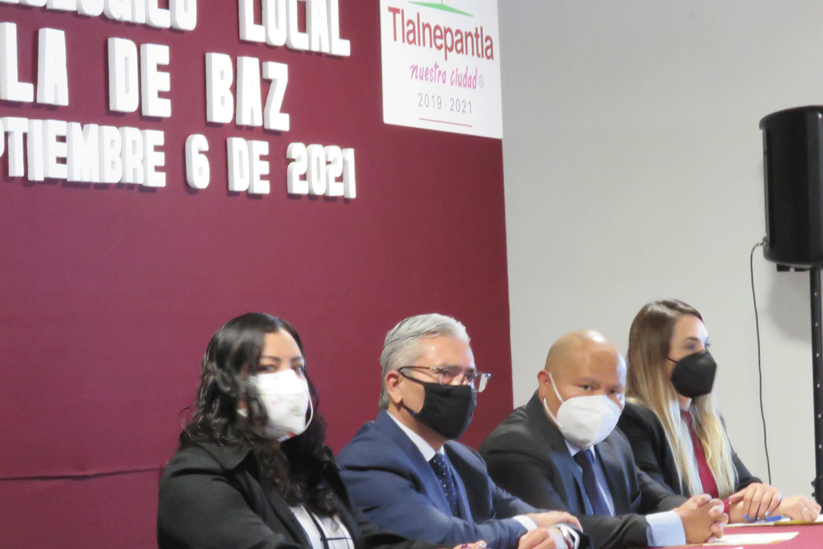 Raciel Pérez Cruz, alcalde de Tlalnepantla en Consulta Pública para el Programa de Ordenamiento Ecológico Local